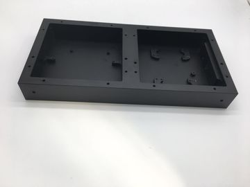 Disesuaikan CNC Machining Parts Traffic Light Box dengan Black Anodizing